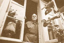 Вадим Крохин (в «ЛГ» с 1972 по 1986 год). Писатель Вадим Кожевников.