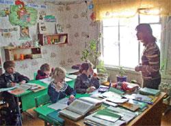 В России из 59 тысяч школ почти 40 тысяч – сельские: какие перемены принесёт им Год учителя?; Геннадий МИХЕЕВ