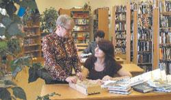 В родниковской библиотеке после ремонта;  Фото автора