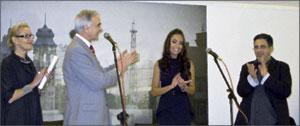 На открытии выставки выступает Чрезвычайный и Полномочный Посол Азербайджанской Республики в РФ Полад Бюль-Бюль оглы.; Альберт БАБАУТДИНОВ